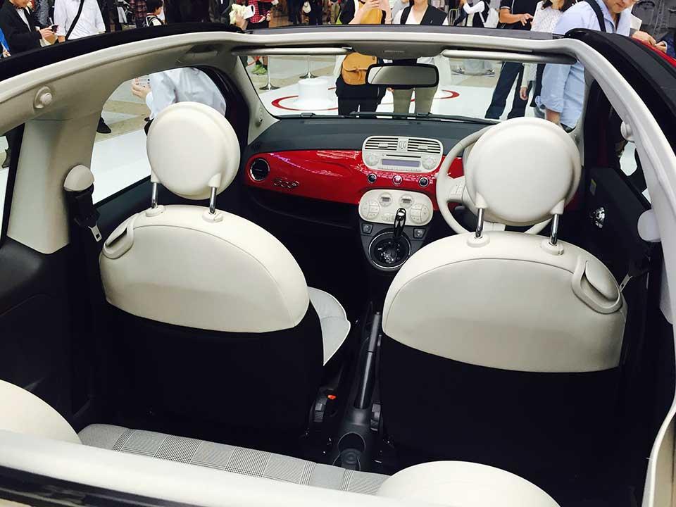 Fiat 500 Cabrio interior