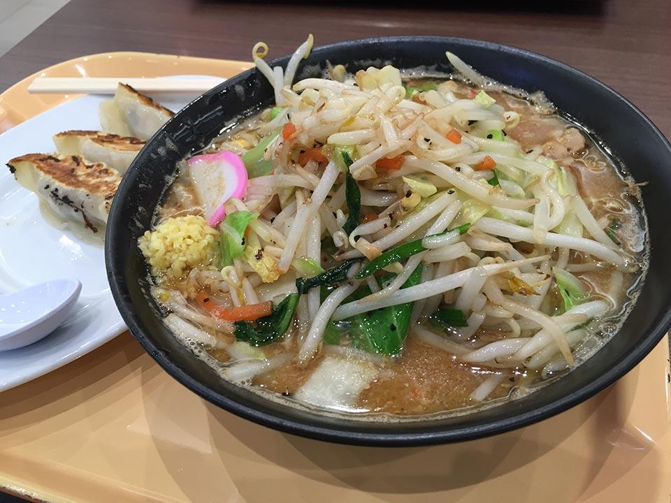 東京タンメン トナリ 味噌タンメンと餃子
