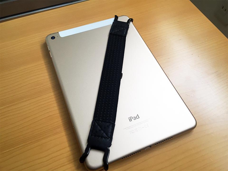 SHC タブレットPC用安全ハンドストラップとiPad mini 4