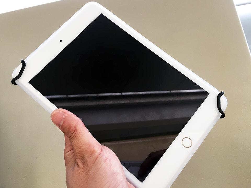 ray-out iPad mini 4 シリコンケース_SHCタブレットPC用安全ハンドストラップ