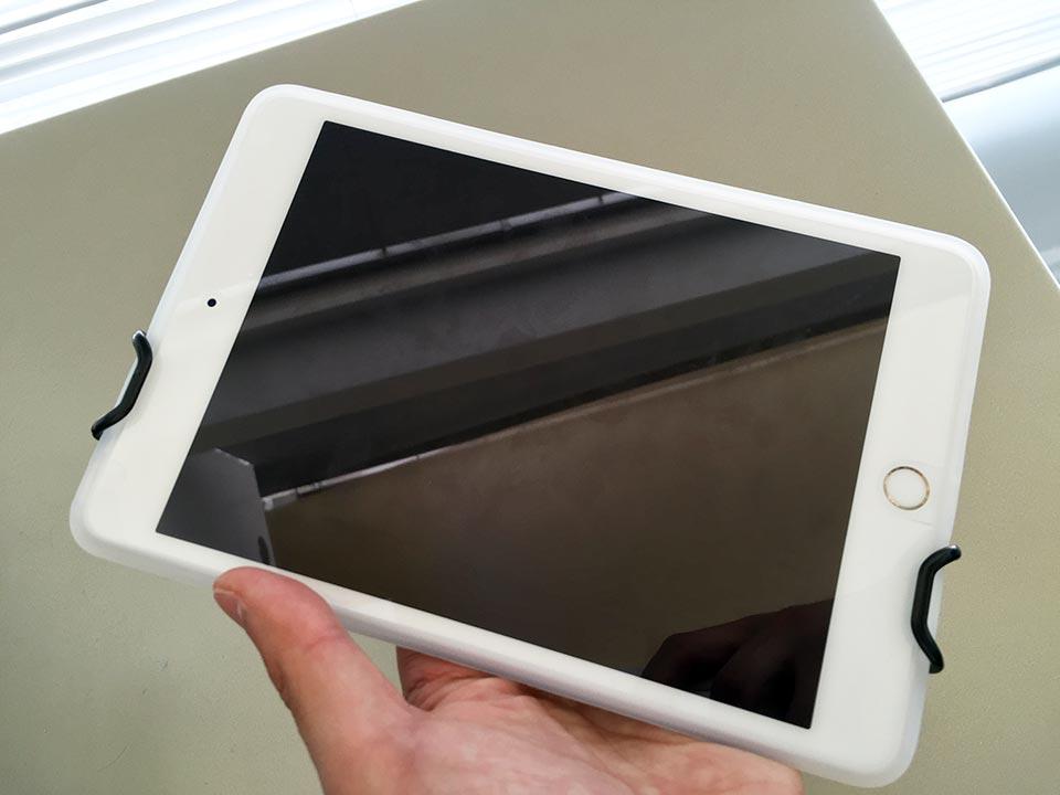 iPad mini 4 ray-out iPad mini 4 シリコンケース_SHCタブレットPC用安全ハンドストラップ