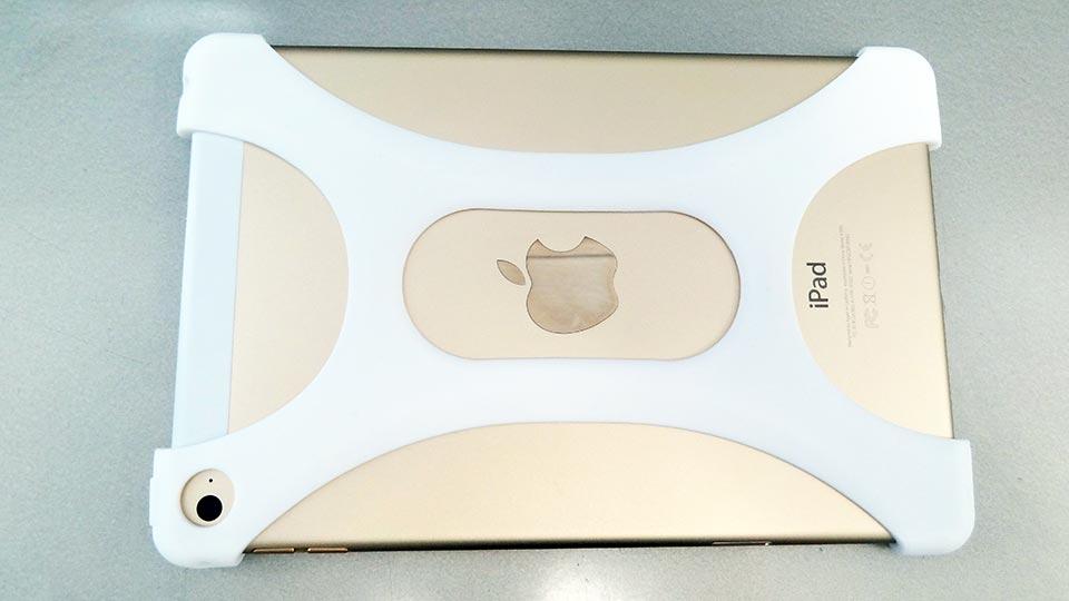 Palmo for All iPad mini 1/2/3/4をiPad mini 4に取り付けた