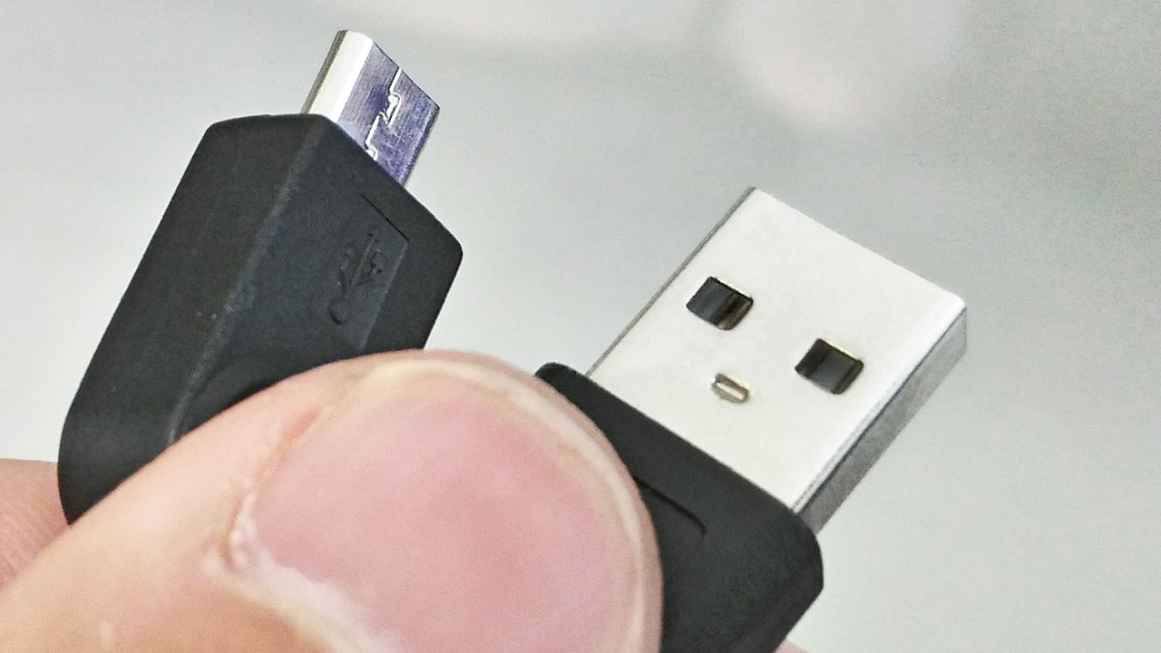 USBとMicroUSB