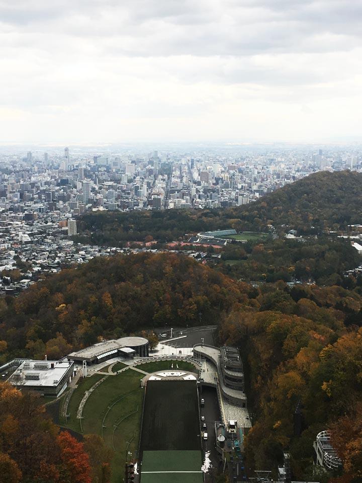 大倉山展望台頂上からの景色