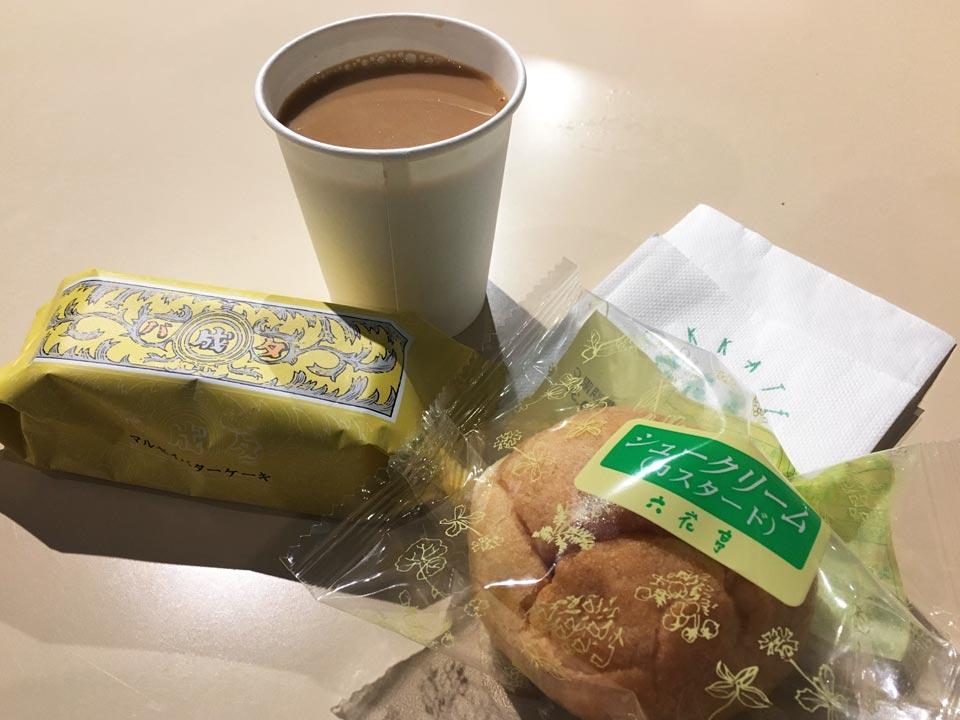 マルセイバターケーキシュークリームコーヒー小樽六花亭2Fカフェ