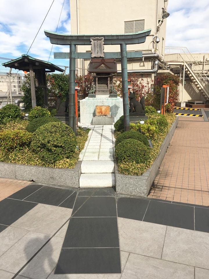 エキミセ浅草ハレテラス_出世稲荷神社