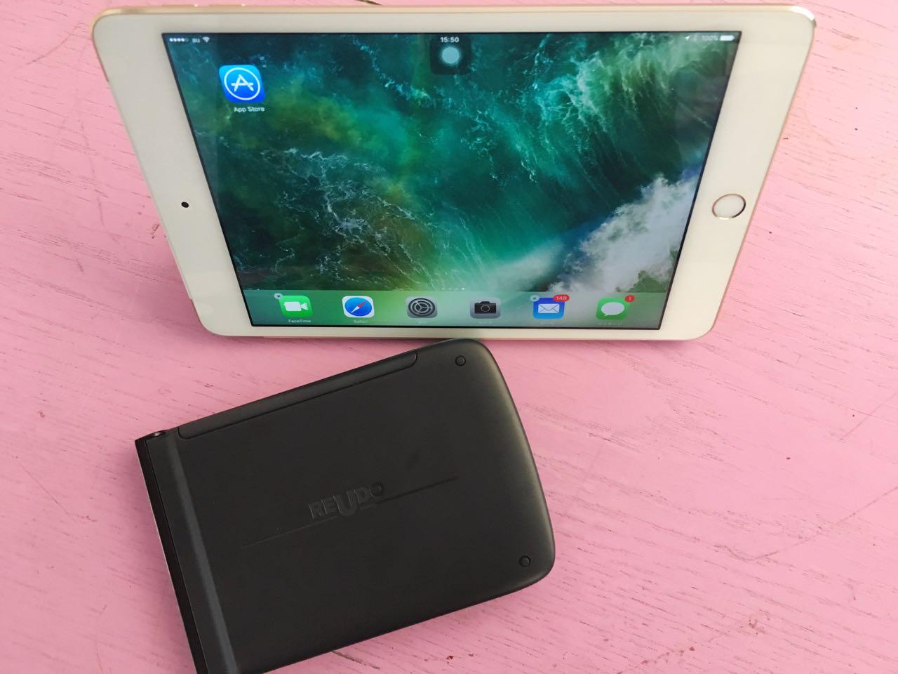 iPad mini 4リュードキーボード
